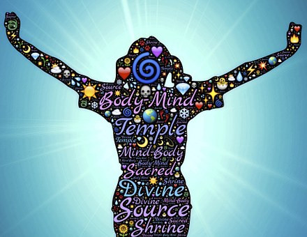 Lien entre l'esprit et le corps ou entre le coaching et la réflexologie faciale