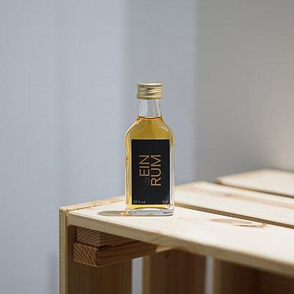 EINRUM Spiced Rum Liqueur, 2cl 38 % Vol.