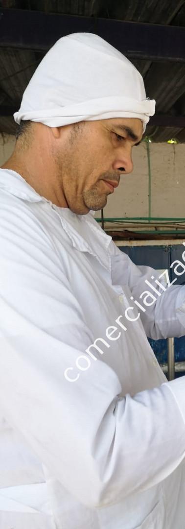 AUDITORIA PROVEEDOR LECHE (9)_edited.jpg