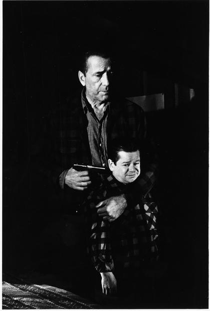 USA. Hollywood, California. 1954. Humphrey Bogart. Set of 'The Desperate Hours'.
