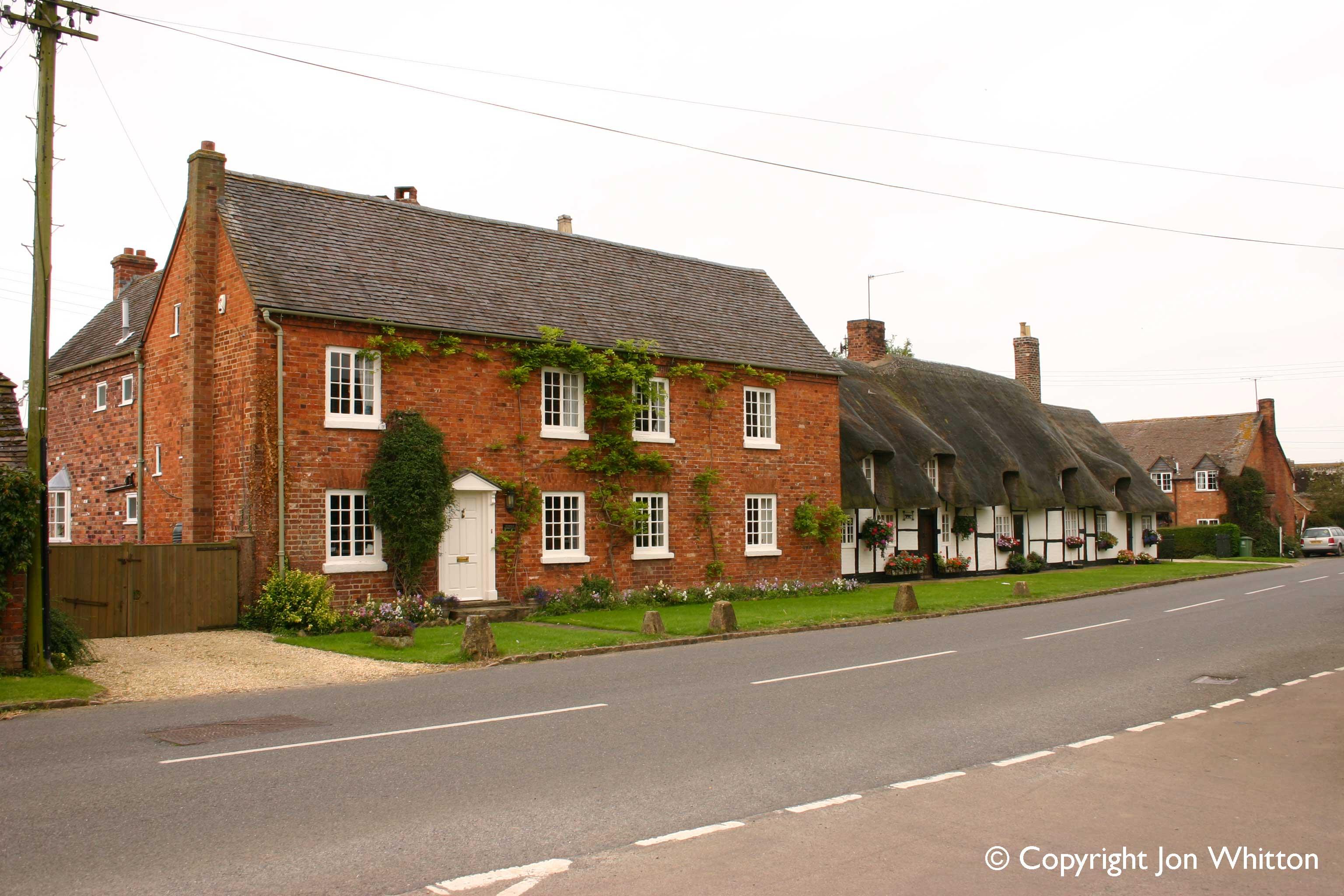 Lower Quinton cottages