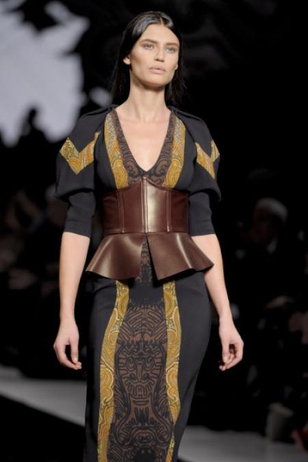 corset fashion trend