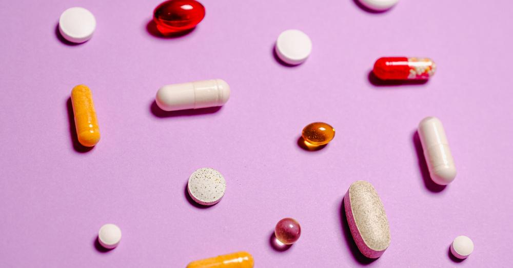 pills on pink background