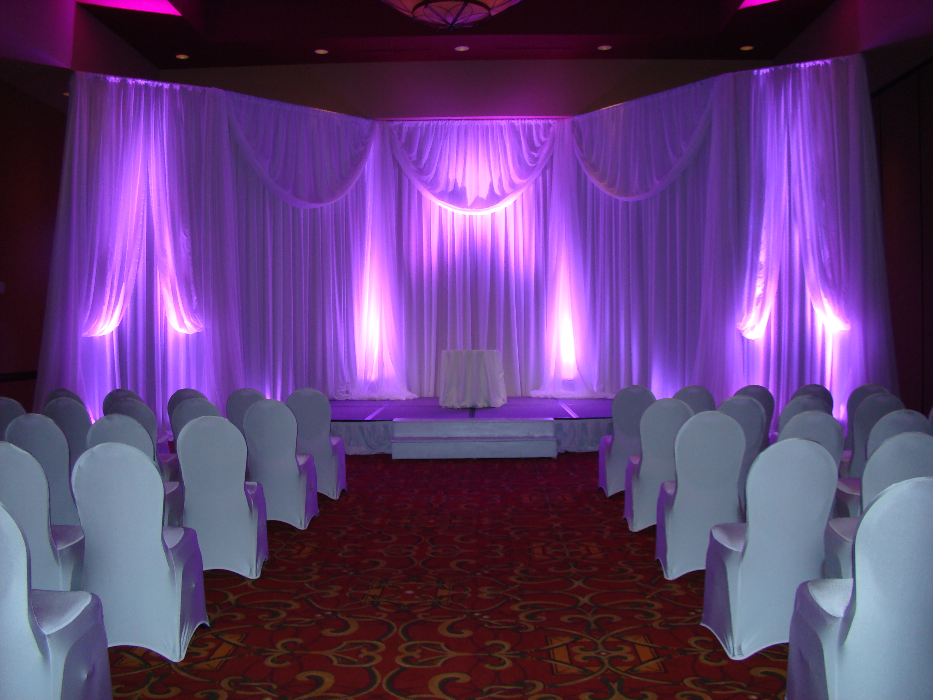 Embassy Suites Murfreesboro bridal showcase backdrops jan 2013019