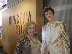 Linda Deutsch Elvis 5