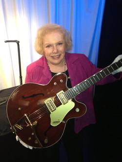 Linda Deutsch Elvis 21