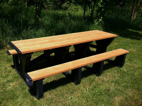 Foot Walk Thru Table - Picnic table recycled plastic lumber
