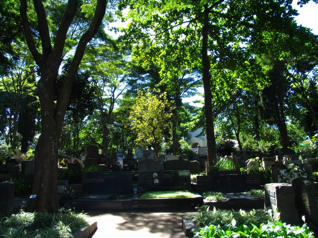 Cemitério-do-Redentor(16)