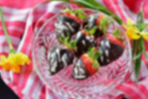 chocolate strawberries Michelle Boehm nutritional therapy nutritionist London healthy food recipes easy happy motivation fit gym fitness crossfit diet body protein wellness wellbeing support supplements tips lifestyle eating life love smile wholefood vegetarian vegan gluten free