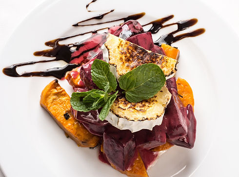 Beet & sweet potato salad with goats cheese Michelle Boehm nutritional therapy nutritionist London healthy food recipes easy happy motivation fit gym fitness crossfit diet body protein wellness wellbeing support supplements tips lifestyle eating life love smile wholefood vegetarian vegan gluten free