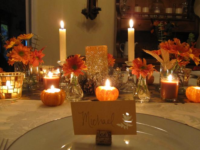Monday Decor, Thanksgiving Tables.