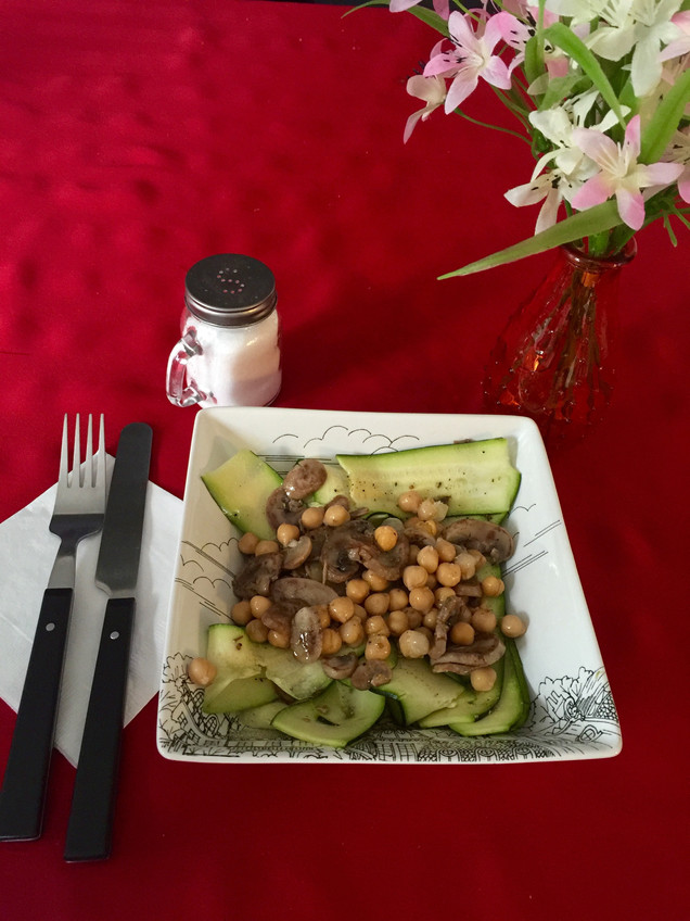 Easy cook – Zucchini Mushroom Salad with Lemon Vinaigrette