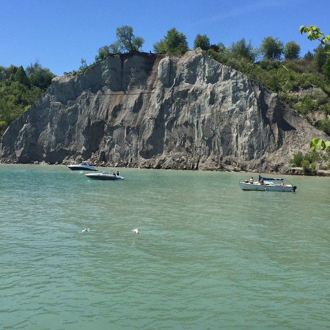 Discover Toronto - Scarborough Bluffs