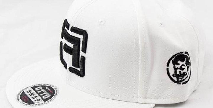 CROSS HAIRS WHITE HAT
