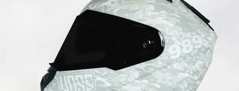 VOSS 989 MOTO-V DIGITAL CAMO HELMET