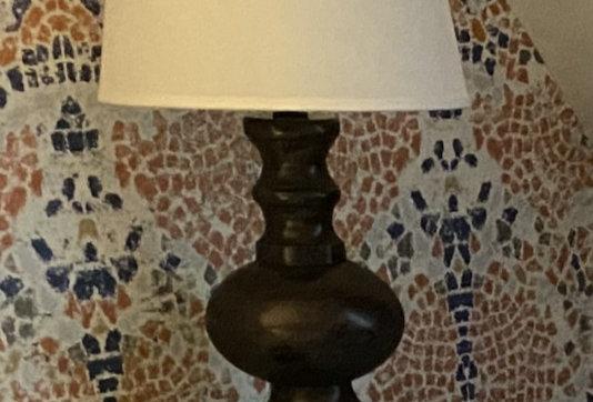 Queen - Lamp (Desk)
