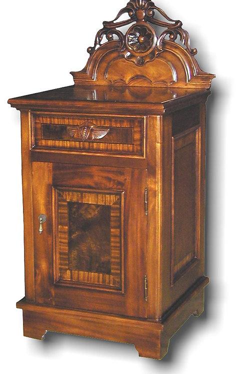 BR.18 - Victorian Nighstand