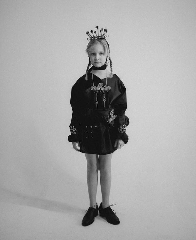 jessica black & white (20 of 22).jpg