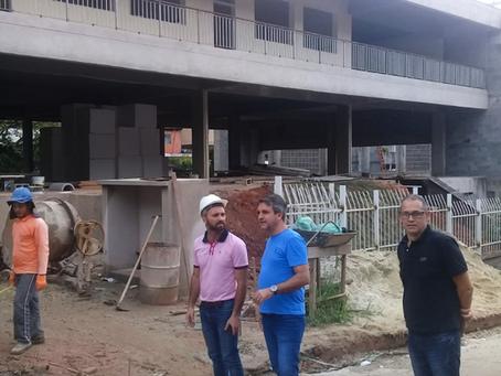 Vistoria à escola da Vila Perracine