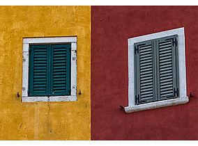 Two_windows_small.jpg