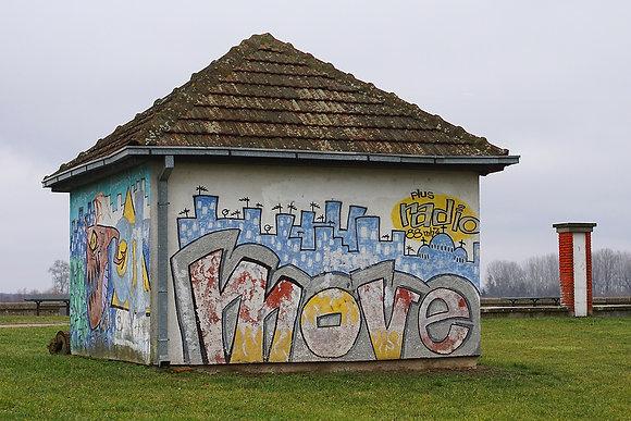 Radio Move House