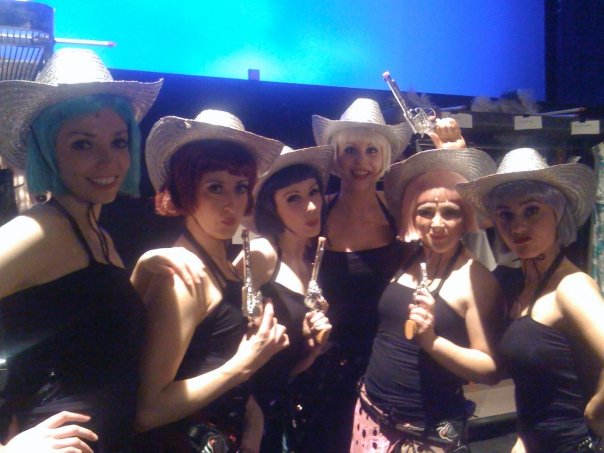 Oklahoma - backstage ladies