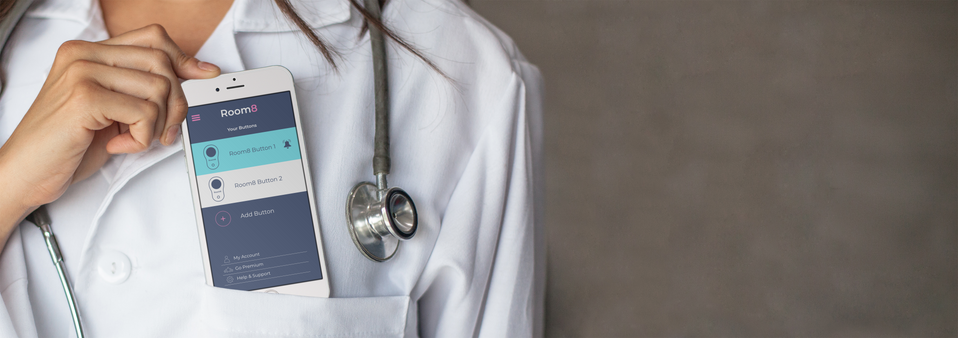 iphone-mockup-of-a-female-doctor-in-a-ho