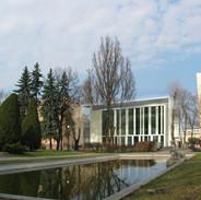 Elewacja frontowa od strony parku
