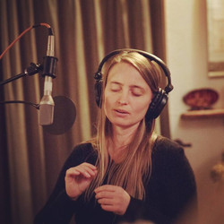 Studio Vocalist