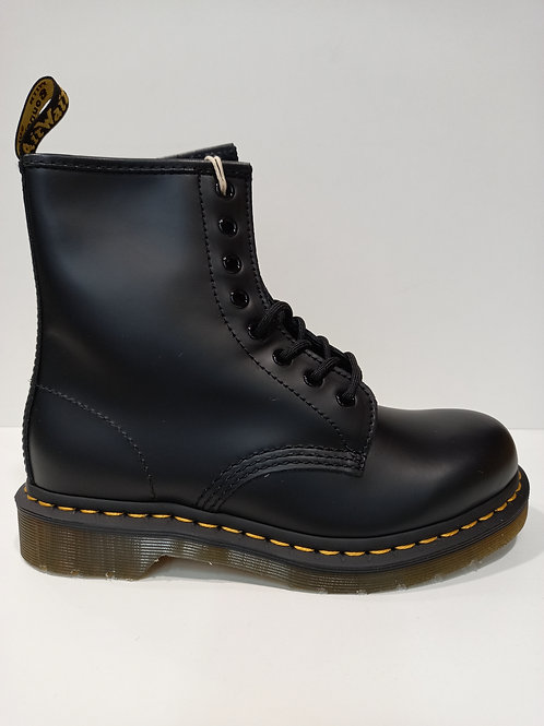 Dr Martens 1460 smooth leather lace ups
