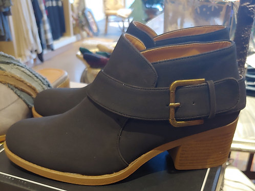 Side Buckle Sueded Bootie