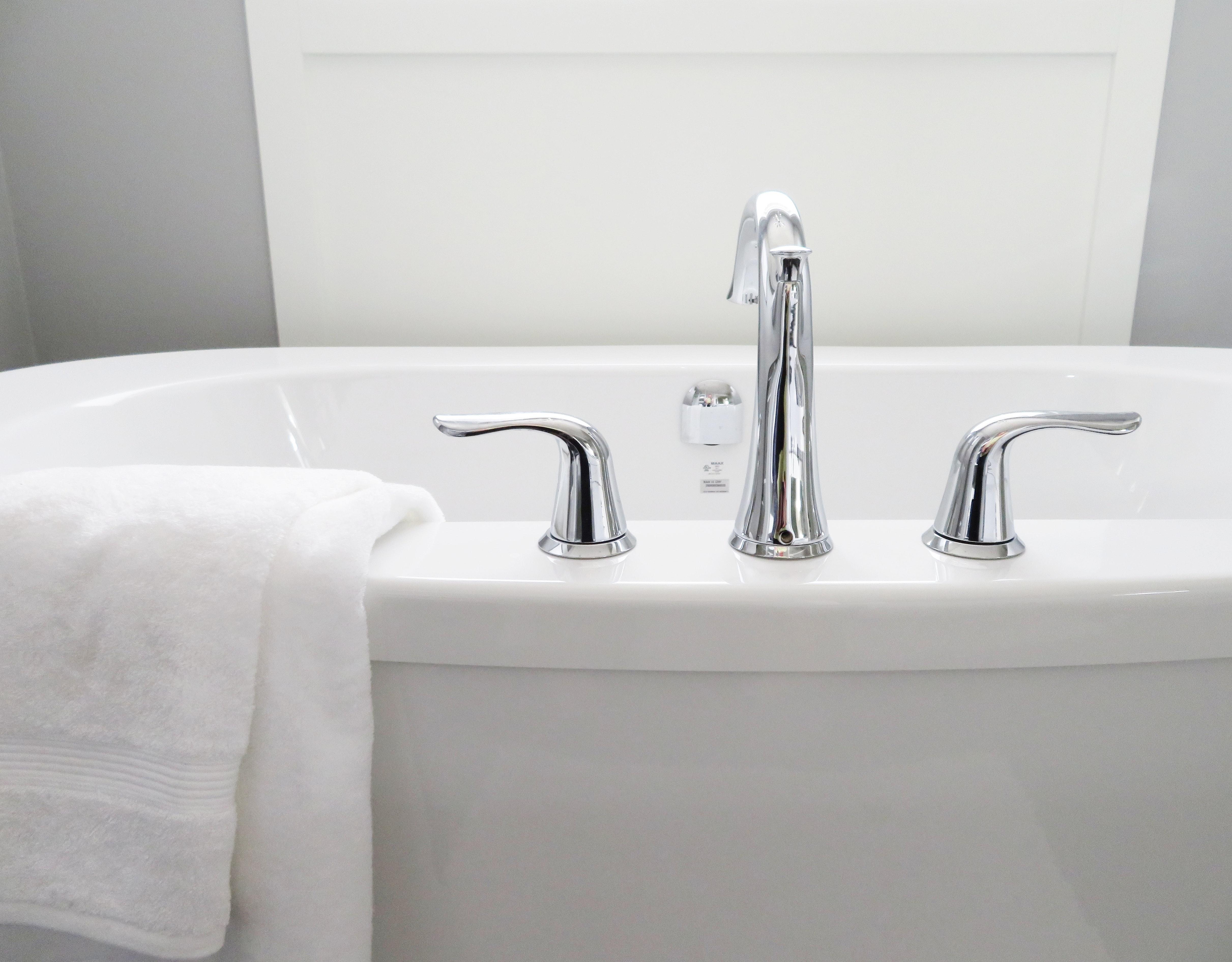 bath faucet installation