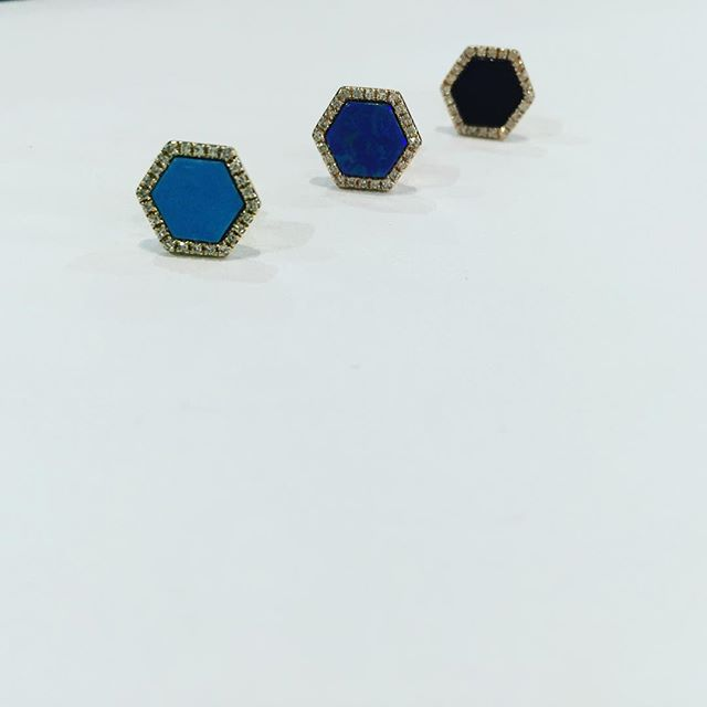 Line 'em up! Our hexagon studs are back! Opal, onyx and turquoise! Come see them at our #PopUp next
