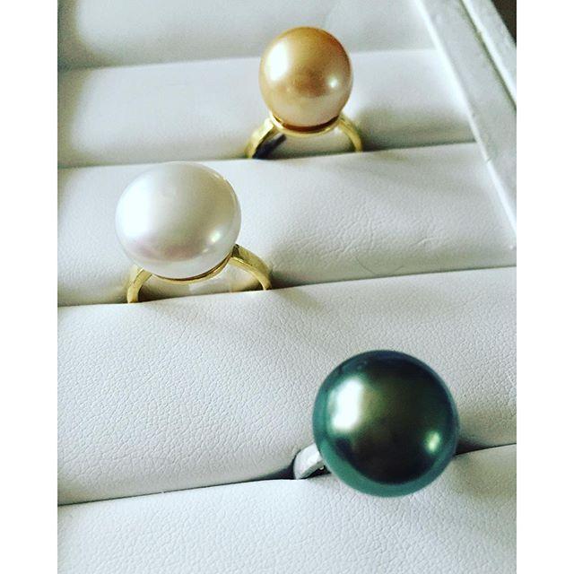 Pearl rings..