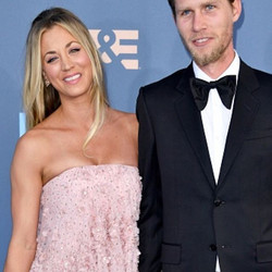 Kaley Cuoco in Randall Scott _Angel Earrings_ at tonight's Critic's Choice Awards styled by _bradgor