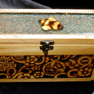 Poplar Bee Box 5.jpg