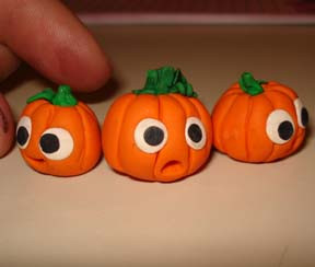 cutepumpkins.JPG