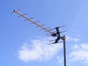 New TV Antenna fix broken replace repair TV mast fallen over South Coast Communications Fleurieu Peninsula Victor Telephone Data Antenna Encounter Bay Hayborough McCracken Hindmarsh Valley Inman Valley Goolwa Middleton Port Elliot Goolwa Beach Hindmarsh Is