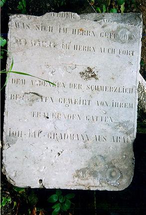 Caimitero degli inglesi lapide tomba campo degli ebrei monte cardeto