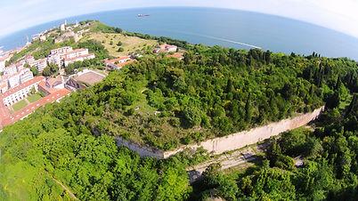 Bastione destro del forte Cardeto di Ancona, nel parco del Cardeto, vicino la caserma Villarey e la polveriera Castelfidardo