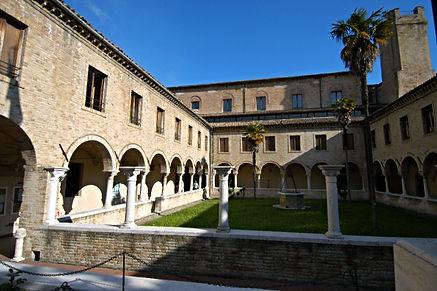Chiostro San Francesco ad Alto Ancona