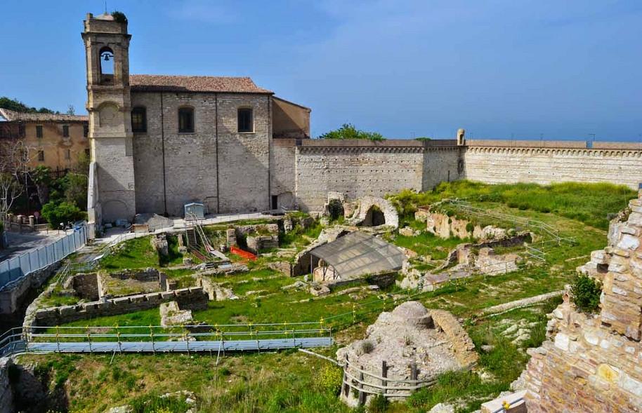 5 marzo - Anfiteatro romano: apertura straordinaria e apertura nuovo reperto