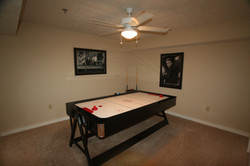 GREAT ESCAPE Pool Table