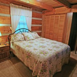 IMG_2242_bedroom_downstairs.jpg
