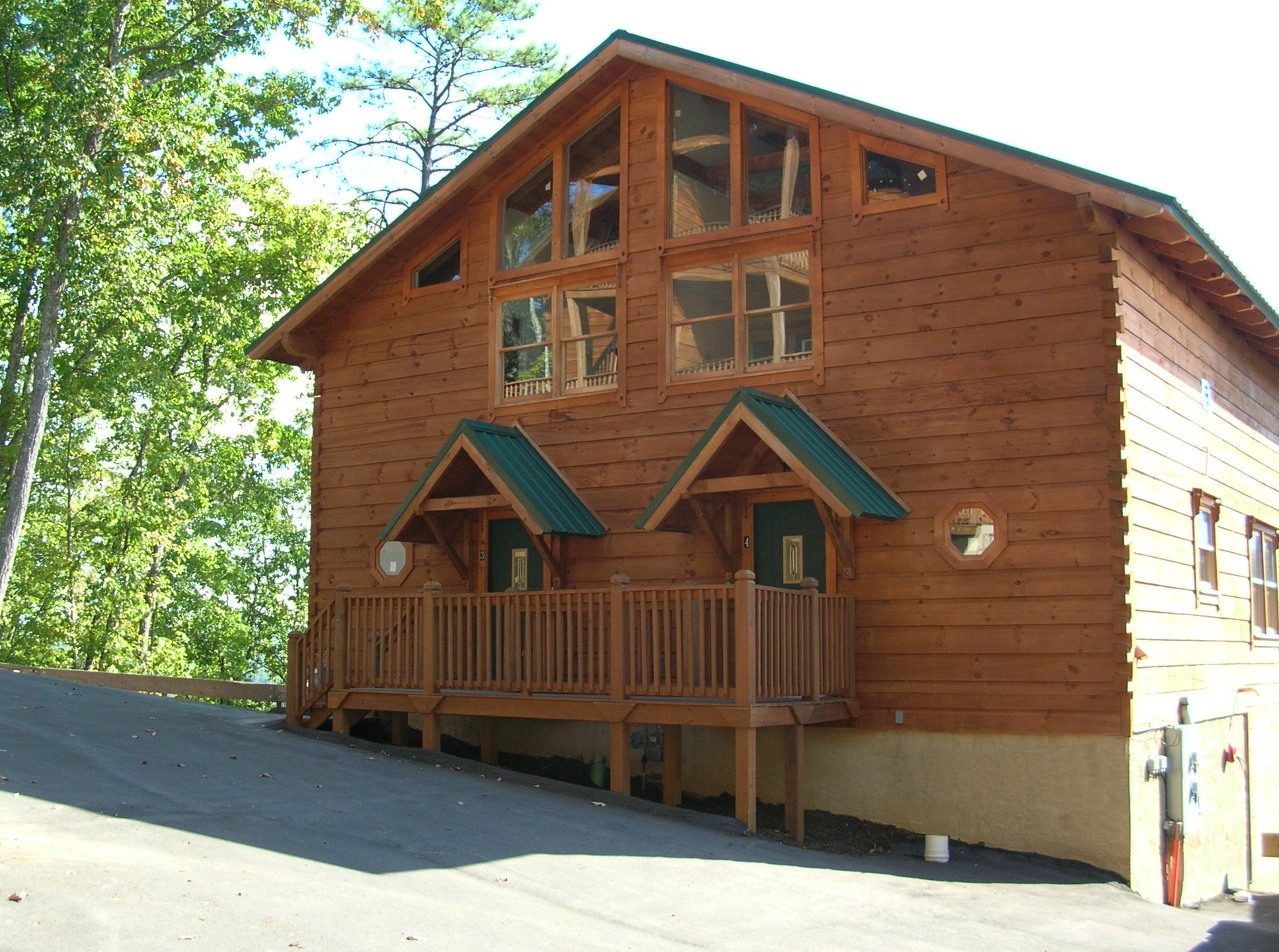 SUNSET RIDGE Exterior Front