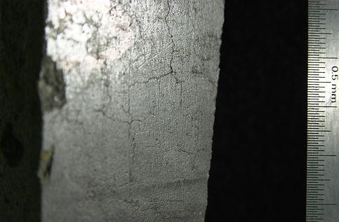 Fig 43a-FinSurfCracks.jpg