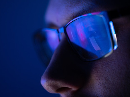 Why you need blue light glasses for the digital device