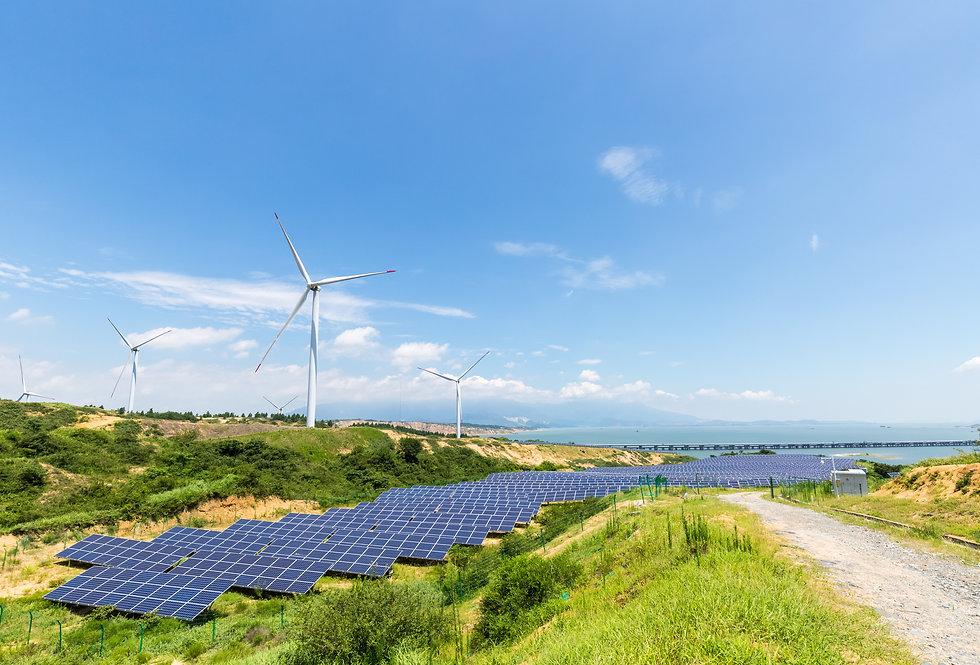 clean-energy-landscape-DZYJ5P2.jpg