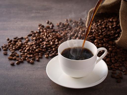 10 CAFÉS PARA LER SEUS LIVROS NO CENTRO