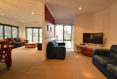 Karoondah 7 lounge 2.PNG